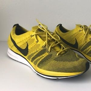 Nike Fly knit yellow and black 13